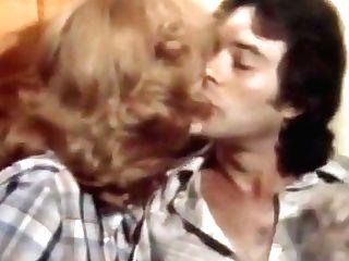 Lucky Boy Fucks Lisa Deleeuw And Tawny Pearl